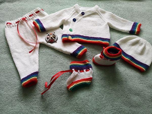 Knitting Pattern No.76 - Boy's Kimono Style Rainbow Cardigan Set