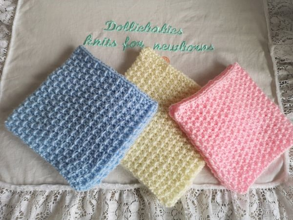 Baby bonding squares knitting pattern