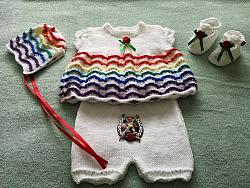 Knitting Pattern No.81 - Premature-3 Month Rainbow Angel Top Set