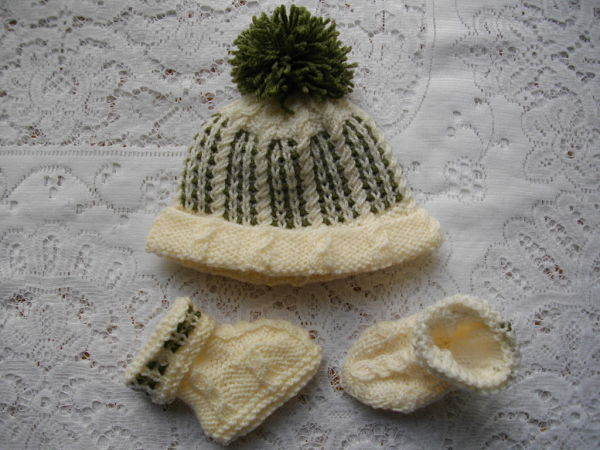 "Knitting Pattern No.21 Newborn Baby Boy upto 10lb or 18-20"" Reborn Matinee Set"