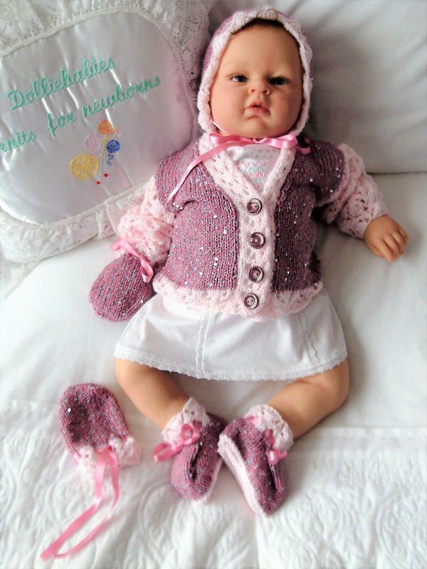Knitting Pattern No.59 - Girls Premature - 3 month lace sleeve cardigan