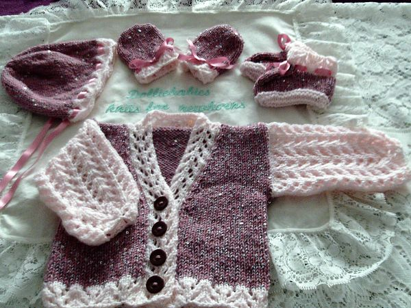 Knitting Pattern No.59 - Girls Premature - 3 month lace sleeve cardigan