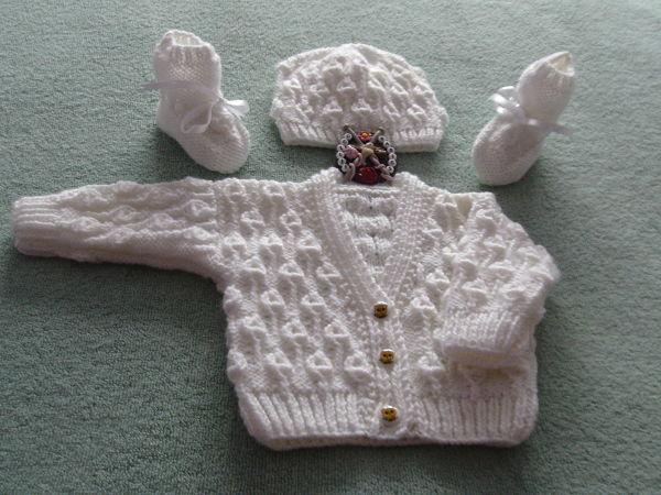 Knitting Pattern No.69 Textured V Neck Cardigan