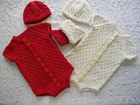 Baby Onesie Knitting Pattern : DollieBabies