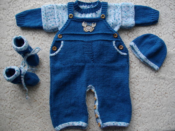 Baby Boy Dungarees Knitting Pattern : DollieBabies