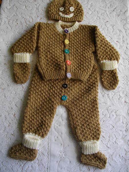 Newborn Baby Gingerbread Man Knitting Pattern