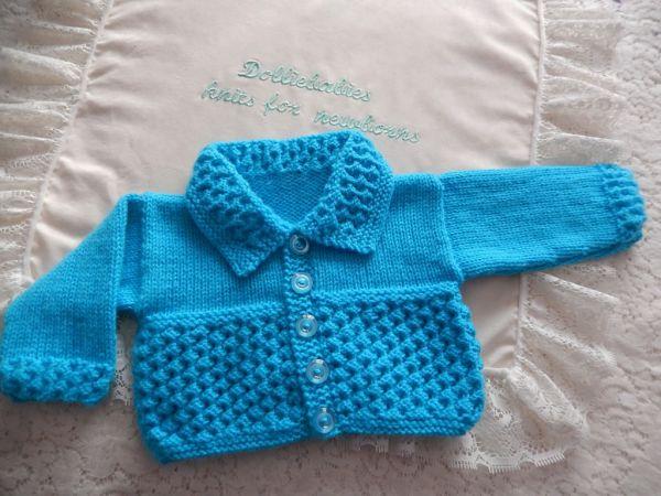 Knitting Pattern 49 Textured collared cardigan