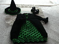 knitting pattern 68 halloween witches dress